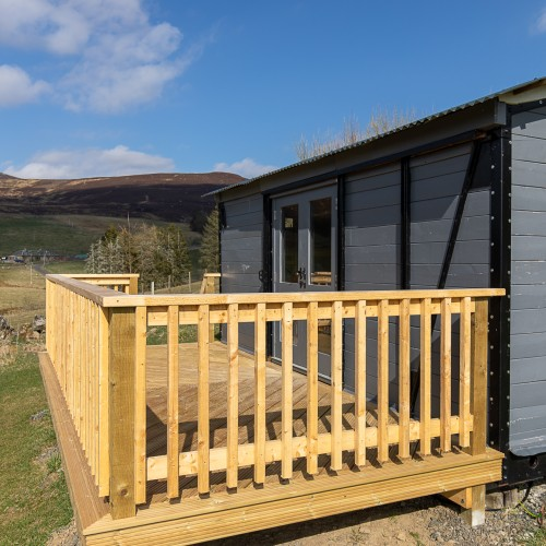 The Goods Wagon Wood burning stove, fire pitat Glenshee Glamping